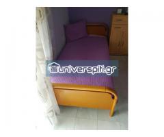 κρεβάτια x2 με αντίστοιχα ανατομικα στρώματα