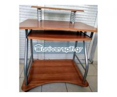 Πώληση: τραπέζι και καρέκλα γραφείου λόγω μετακομισης